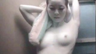 三浦海岸海の家シャワー更衣室盗撮12